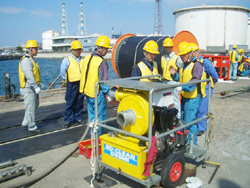 Hands on training of basic oil spill response equipment